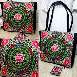 Handbags - 🏵Mexican Floral Embroided Tote Bag🏵